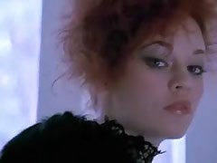 Redhead girl rubbs..