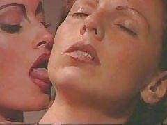 Mature lesbian seduce chick..