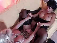 Mature lesbian spoils chick on sofa.BBW Girl!