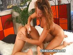 Lesbian vibrator sex video