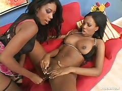 Sexy black lesbians..