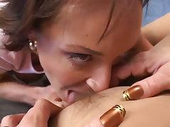 Harley davis loves coed pussy