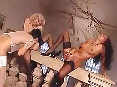 Sex orgy of lesbo chicks.Threesome lesbian porn!